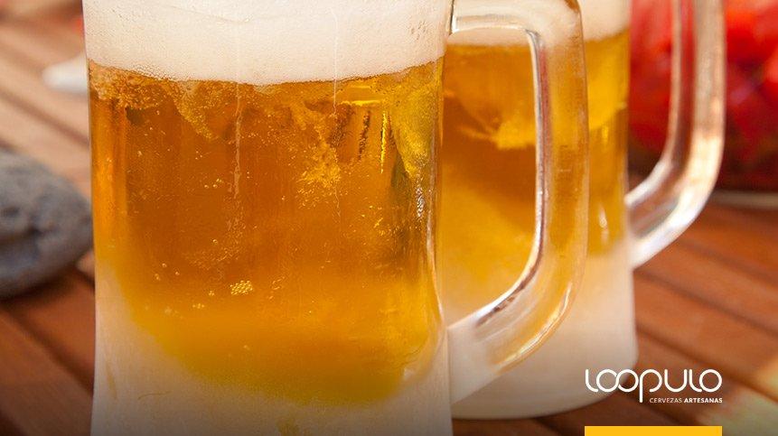 Jarras congeladas para la cerveza, algo nada aconsejable
