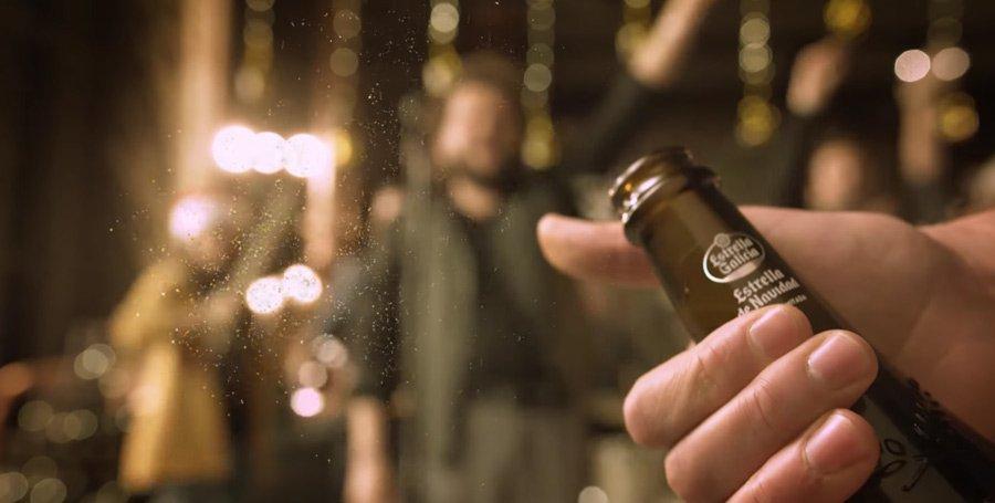 Brindar en Nochevieja con cerveza