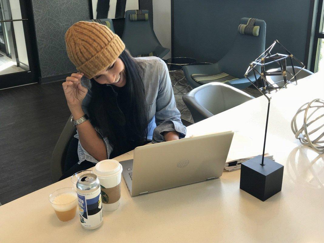 Babels Cameron, entrevista a Tanya Lawence-Cameron para Loopulo