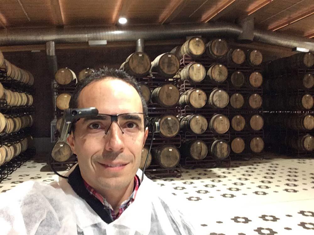 ► Mahou San Miguel incorpora gafas de realidad aumentada – Loopulo