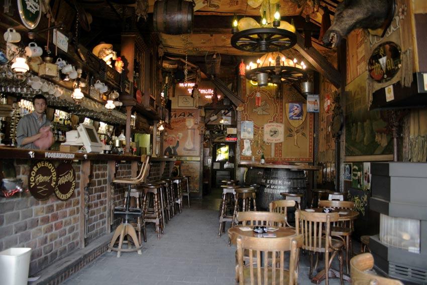 El bar belga donde cambian ZAPATOS POR CERVEZAS – Loopulo