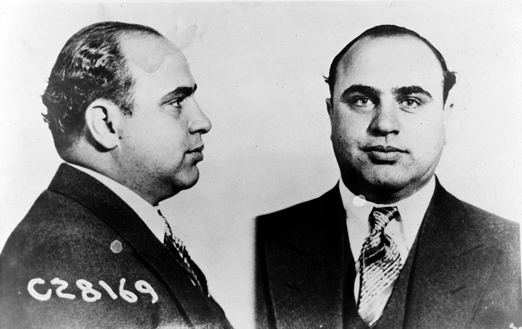 Al Capone. Ley Volstead: El origen demoníaco de la LEY SECA americana – Loopulo