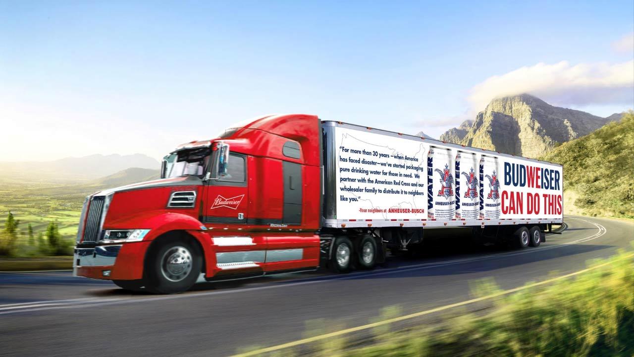 HURACÁN MICHAEL, Anheuser-Busch envía camiones con latas de agua