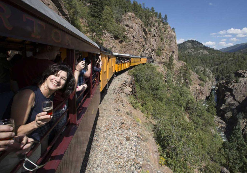 Un tren repleto de cerveza por las montañas de Colorado – Loopulo