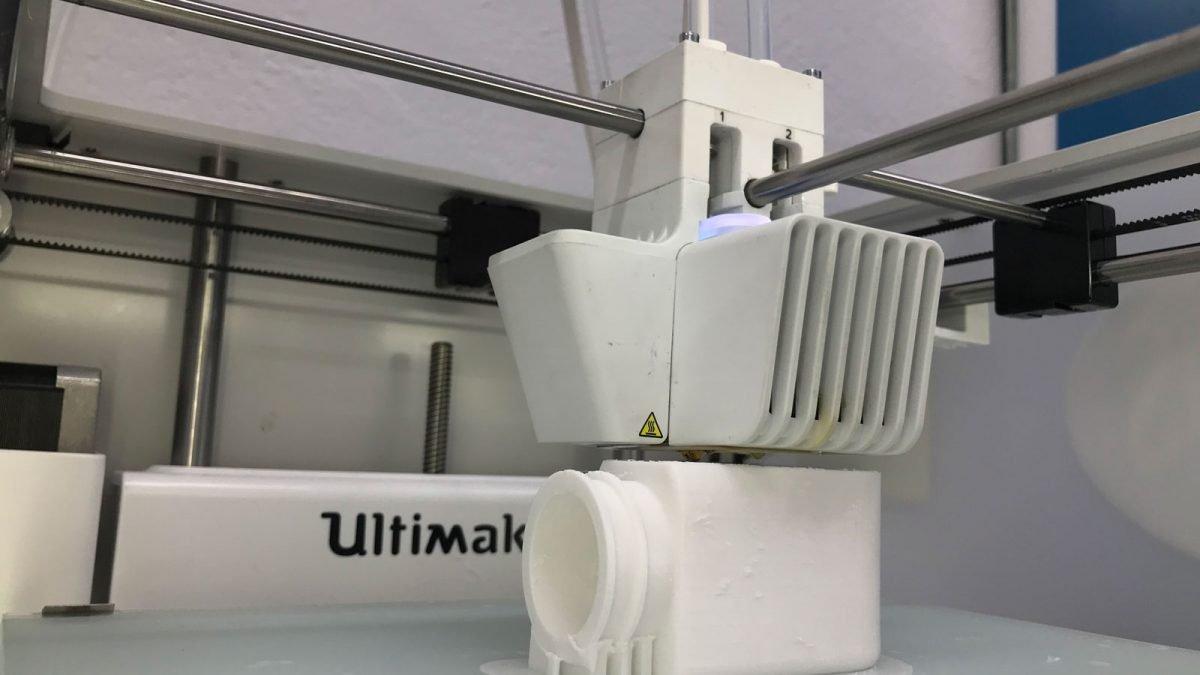 Mahou San Miguel incorpora impresoras 3D para la fabricación de piezas y repuestos industriales