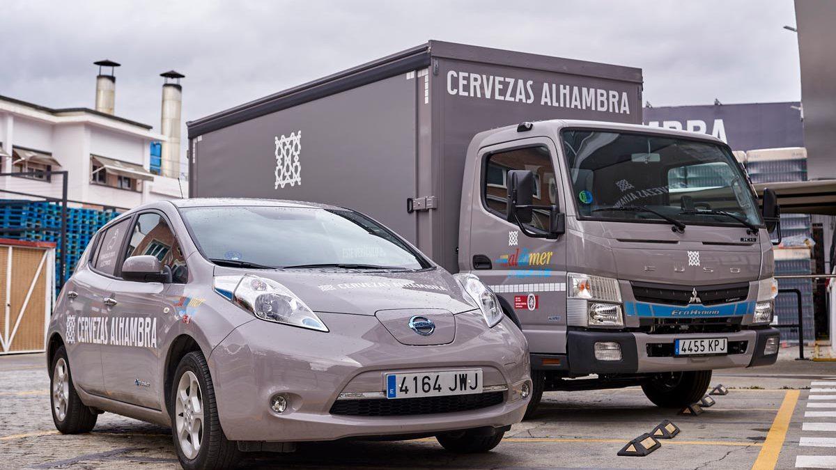 Mahou San Miguel incorpora a la flota de su distribuidor granadino un camión híbrido para repartos más sostenibles