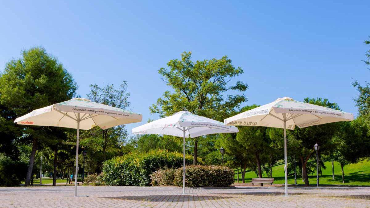 Los parasoles de Mahou San Miguel que reducen la contaminación