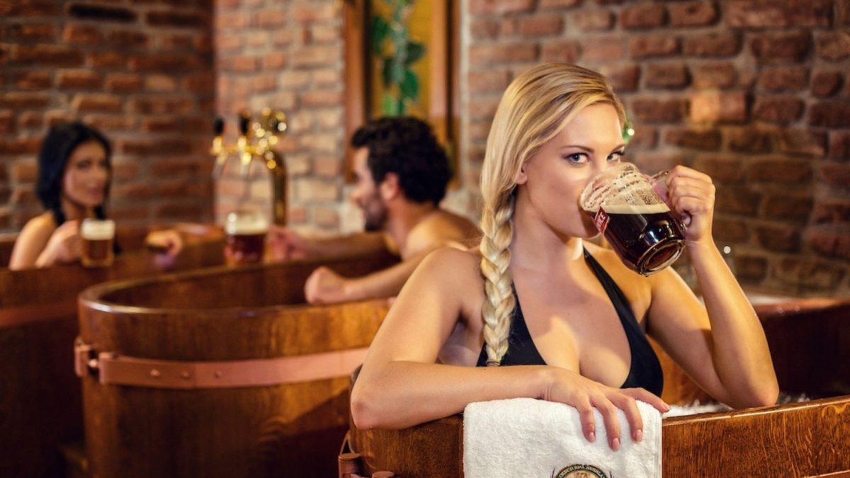 Spa de cerveza de Praga, el primer beer spa del mundo