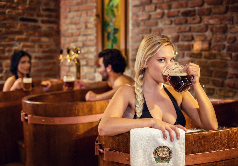 Spa de cerveza de Praga, el primer beer spa del mundo – Loopulo