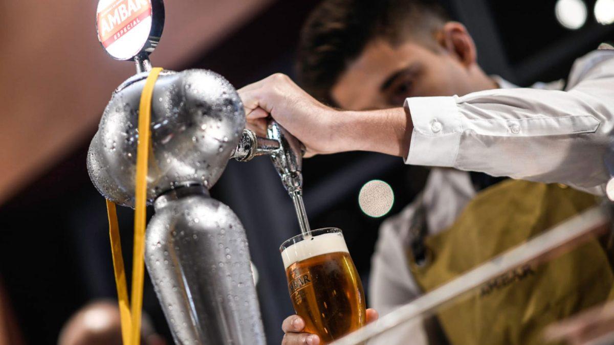 PABLO BUGANO, campeón nacional de tiraje de cerveza