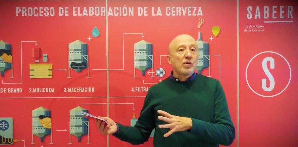 Julio Cerezo, la Academia de la Cerveza