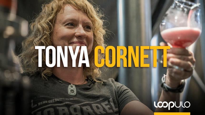 Tonya Cornett, maestra cervecera de 10 Barrel Brewing