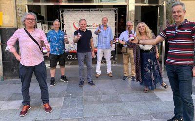 La Salve reparte 15.000 cañas solidarias a comercios y hosteleros bilbaínos