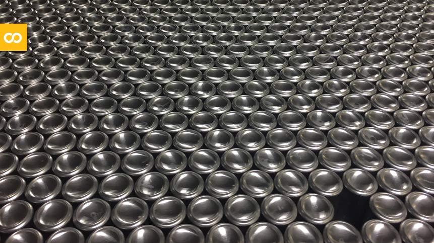 La gran escasez de latas de 12 onzas en Estados Unidos | Loopulo