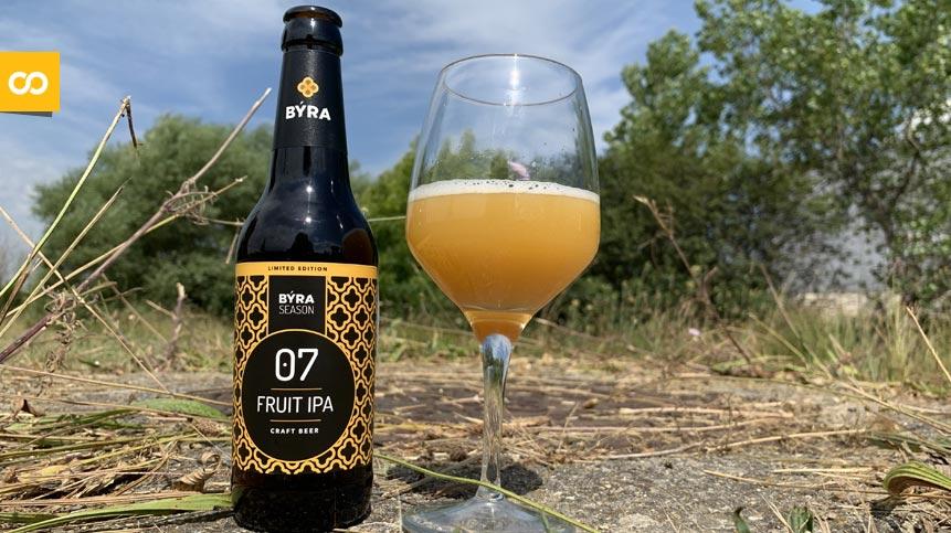 BÝRA lanza una cerveza elaborada con puré de melocotón – Loopulo