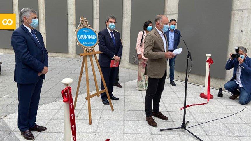 El alcalde de Bilbao inaugura el Paseo Lucía Yarza en recuerdo de la fundadora de LA SALVE – Loopulo