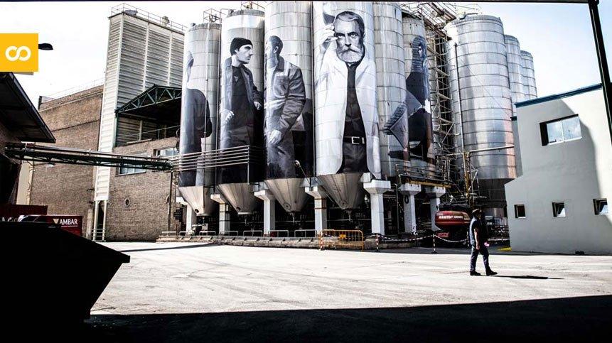 Obra artística de Miquel Wert 'Gigantes cerveceros' | Loopulo